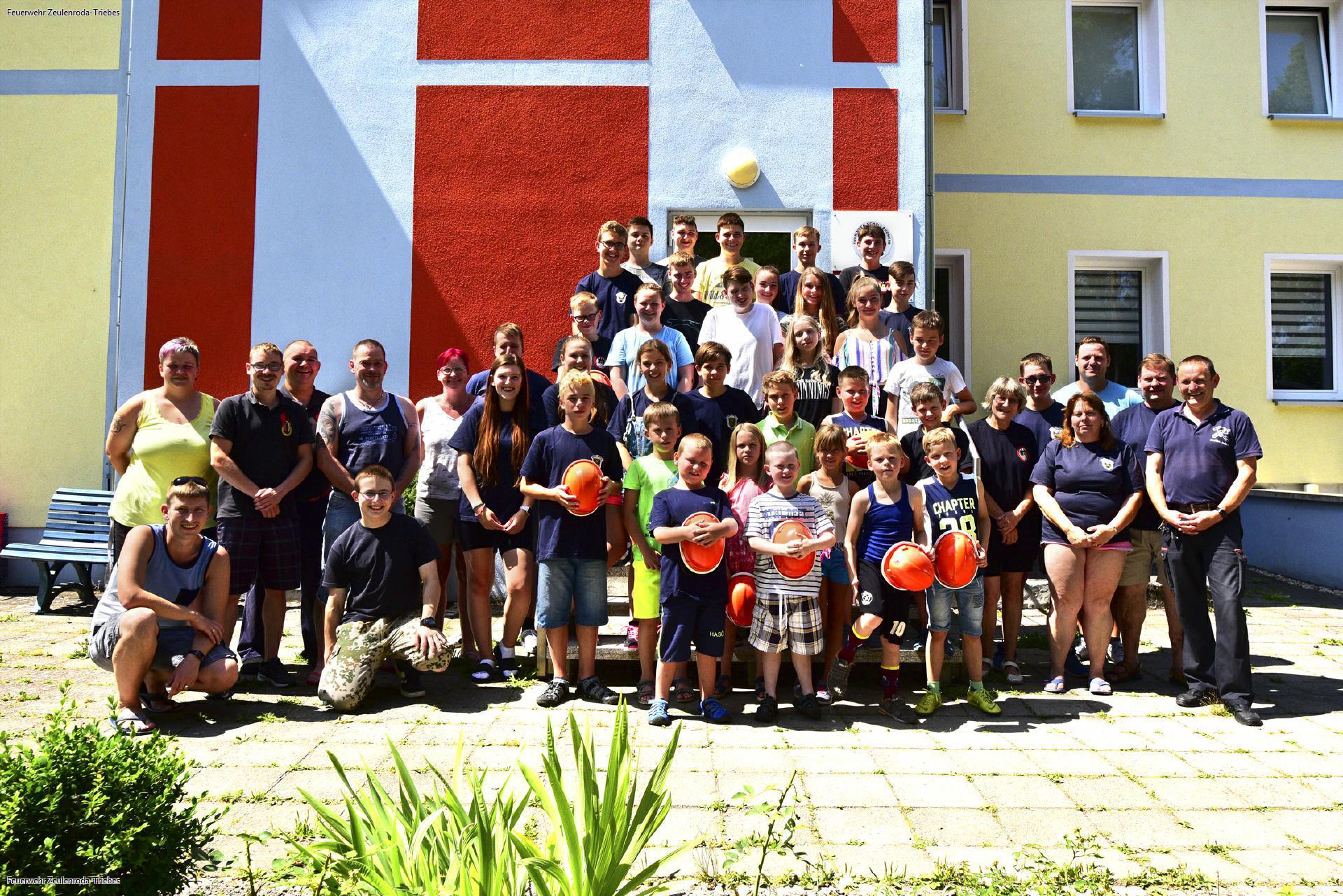 junge Helden im Jugendferienlager Zeulenroda
