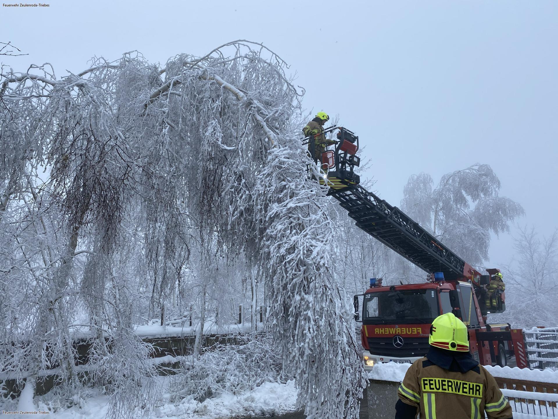 Feuerwehr Zeulenroda im Dauereinsatz