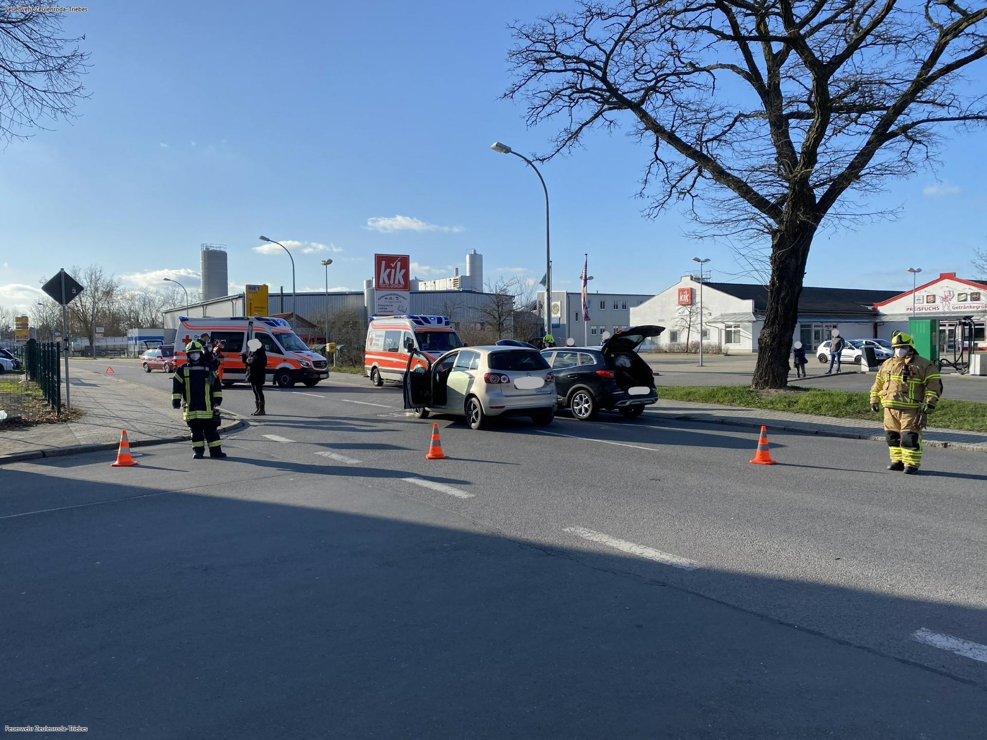 Vollsperrung nach Unfall auf Bundesstraße 94 im KreisGreiz